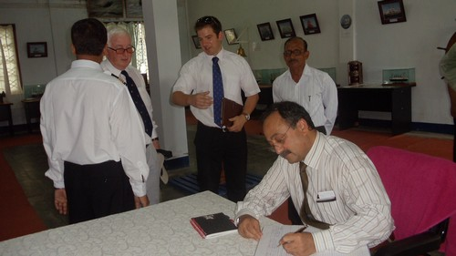 Visit of Intl. Maritime Employers Council delegate, London    (2)